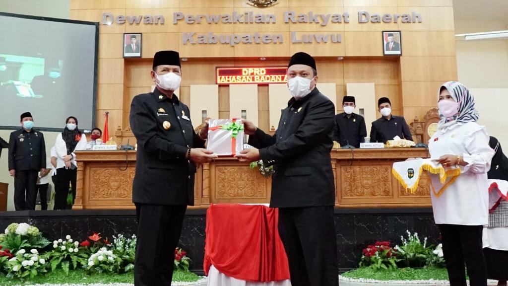 Penyerahan Kebijakan Umum Anggaran dan Prioritas Platfon Anggaran Sementara TA. 2022 Kabupaten Luwu