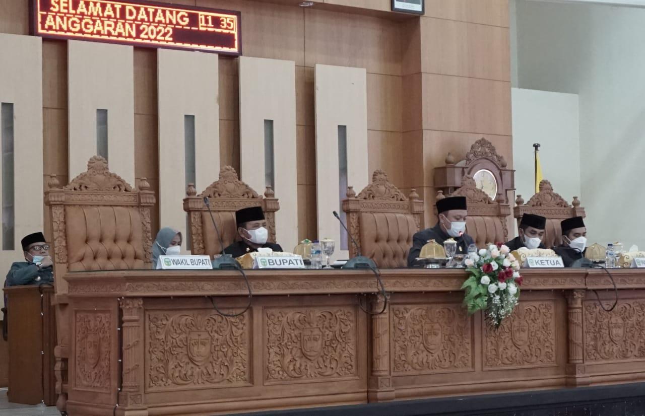 Bupati Luwu Paparkan Rancangan Perda tentang APBD Tahun 2022